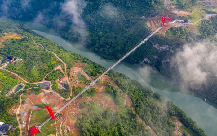Najduži stakleni most na svetu